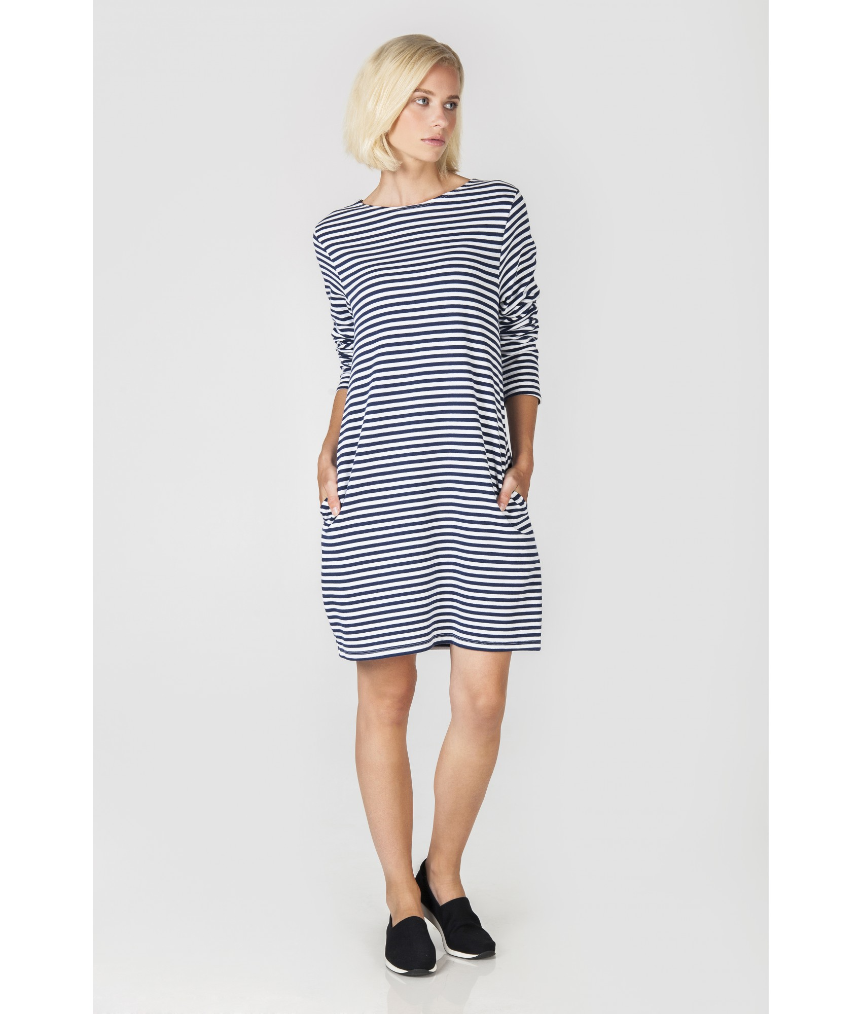 Modrobílé pruhované úpletové šaty d2028787e5